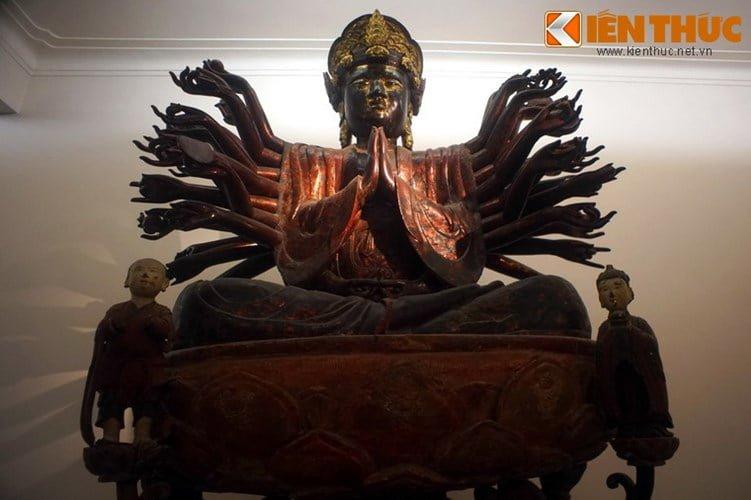 Tuong quy du doi Phat Quan Am cuc la cua chua Hoi Ha-Hinh-3