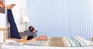 6 bài tập đơn giản trên giường giúp đặt lưng xuống là ngủ ngon lành tới sáng