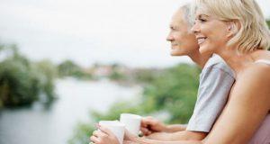 Đàn ông 50 là khung trời bình yên, phụ nữ 50 là bến tàu lặng lẽ…