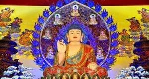 Để ảnh Phật trong ví, làm hình nền máy tính, điện thoại được không?