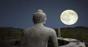 Lên Chùa cầu tiền, cầu tài lộc liệu Phật có mang tiền đến cho bạn không?